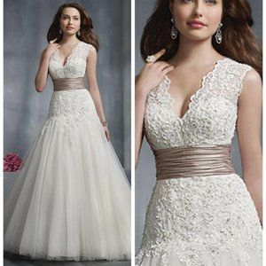 NWT! CLEARANCE! Alfred Angelo # 2243 size # 14